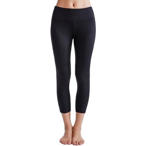 Oalka Power Flex Women's Yoga Capri Pants, Black